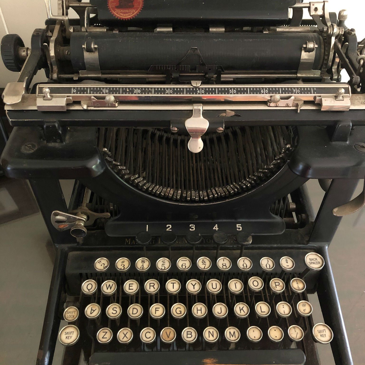 6275 Typewriter by Beth Luce